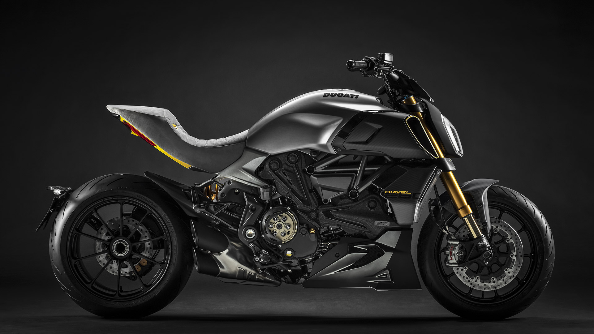 Diavel-1260-Design-Week-01-Gallery-1920x1080.jpg