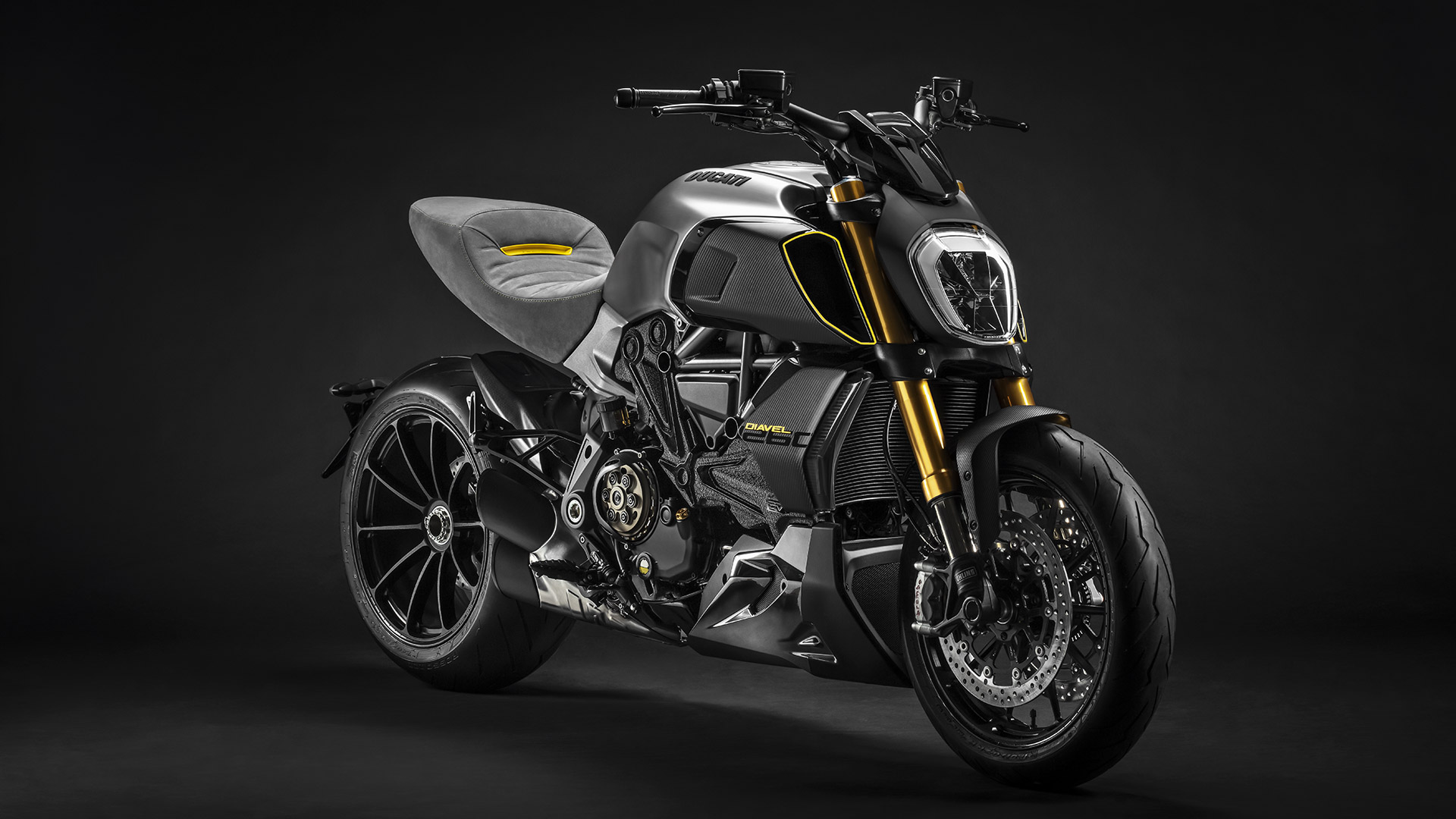 Diavel-1260-Design-Week-02-Gallery-1920x1080.jpg