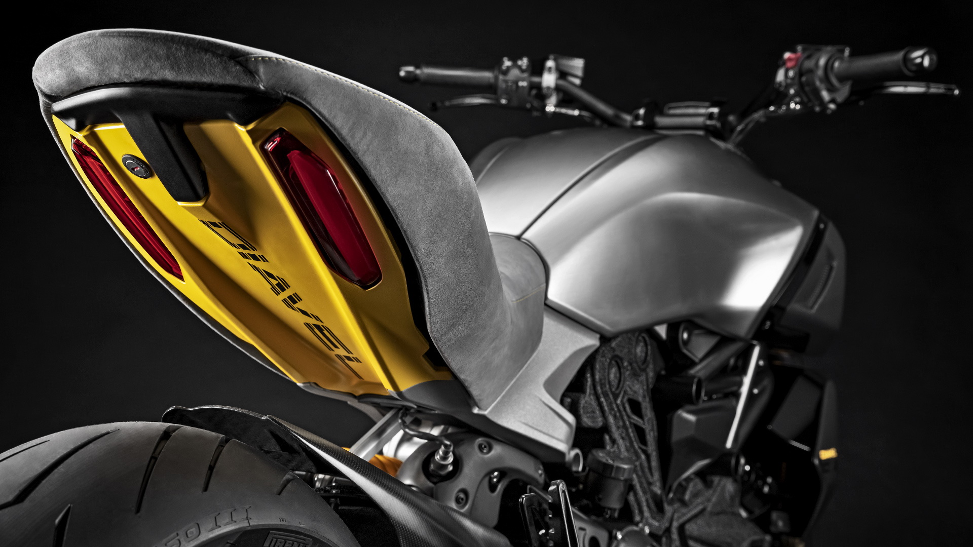 Diavel-1260-Design-Week-26-Gallery-1920x1080.jpg