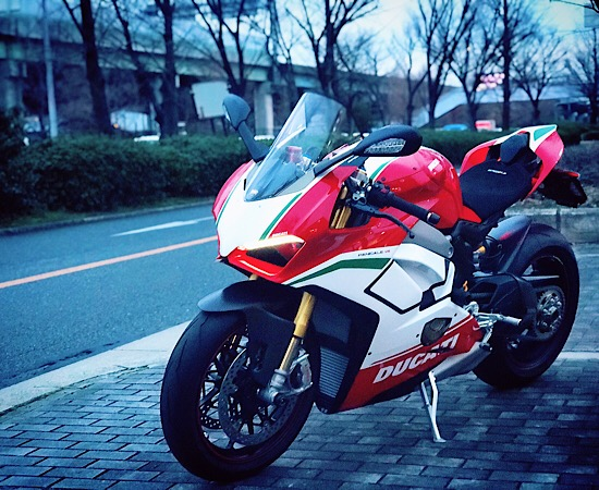 PANIGALE V4 SPECIALE 納車させて頂きました☆